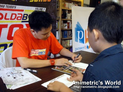 Book signing with Jomike Tejido