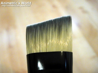 Charm Pro #22 Angled Foundation Brush Review