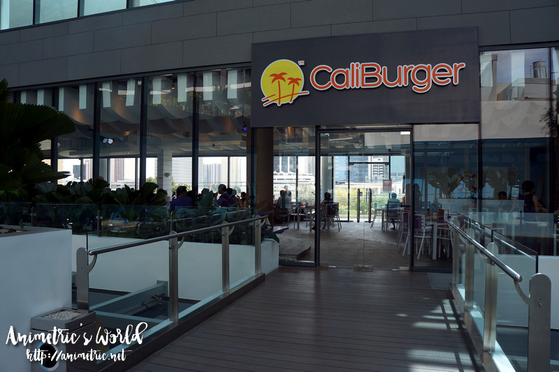 Caliburger Century City Mall