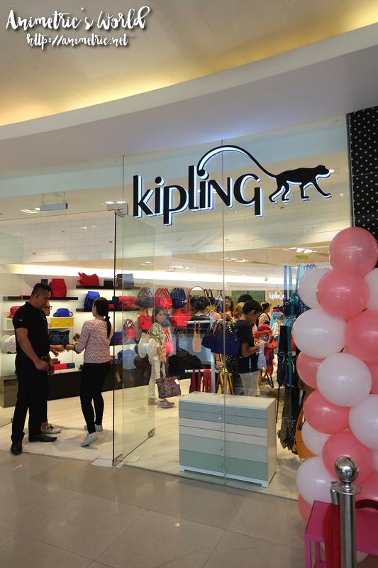 Kipling Sm Megamall